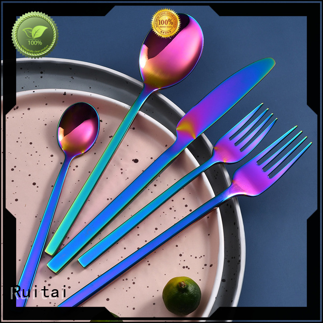 Ruitai Best cost of cutlery set company for families use