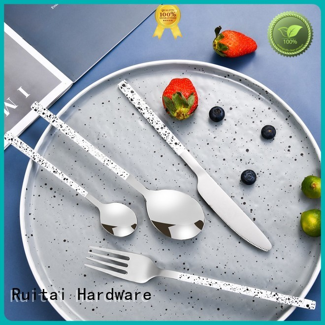 Ruitai Wholesale 24 piece cutlery set company for families use